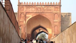 agra-fort-entrance