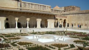 amber-fort-gardens